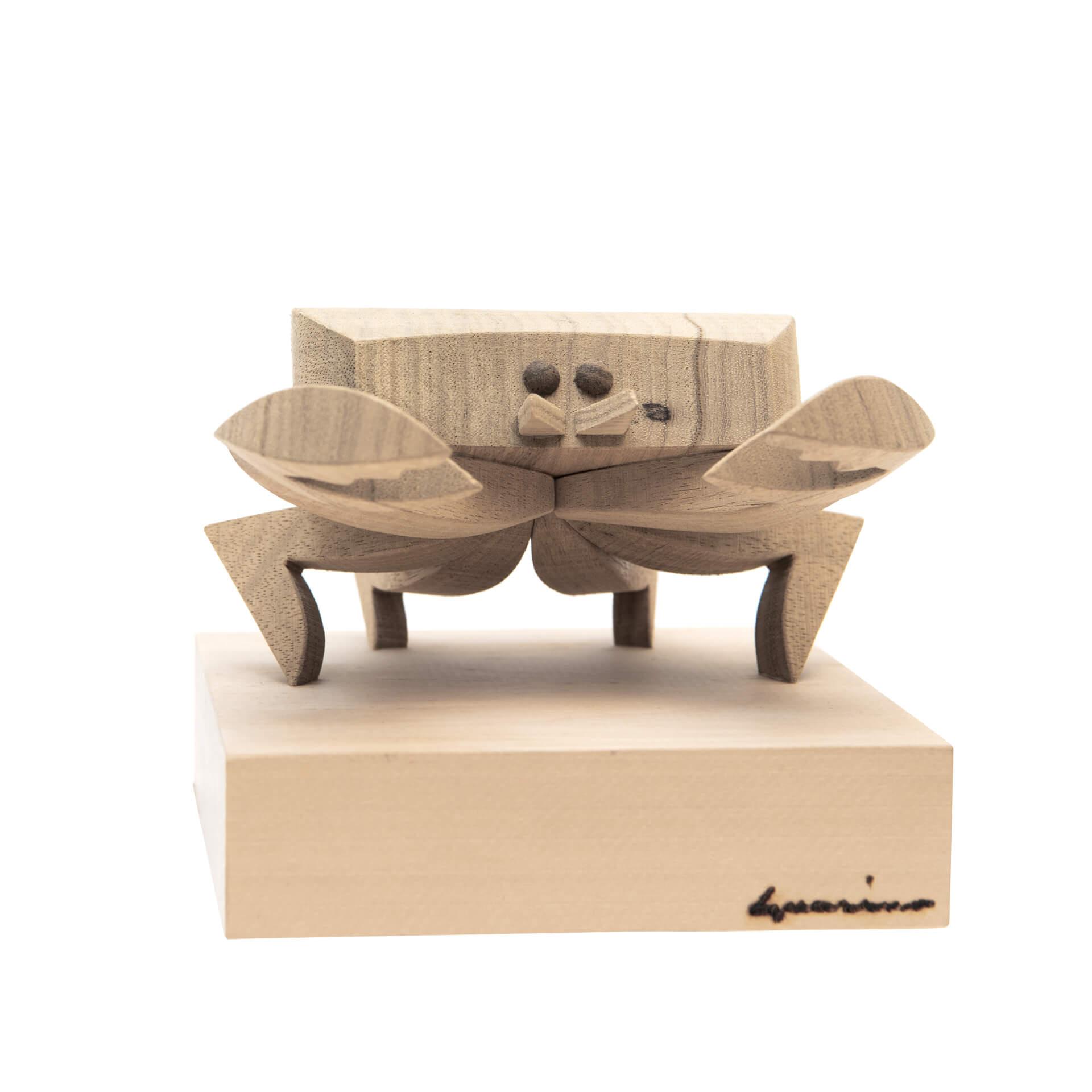 Scultura in legno Cancro - Dimensione media 14x 13 x 11 cm (b x p x h)