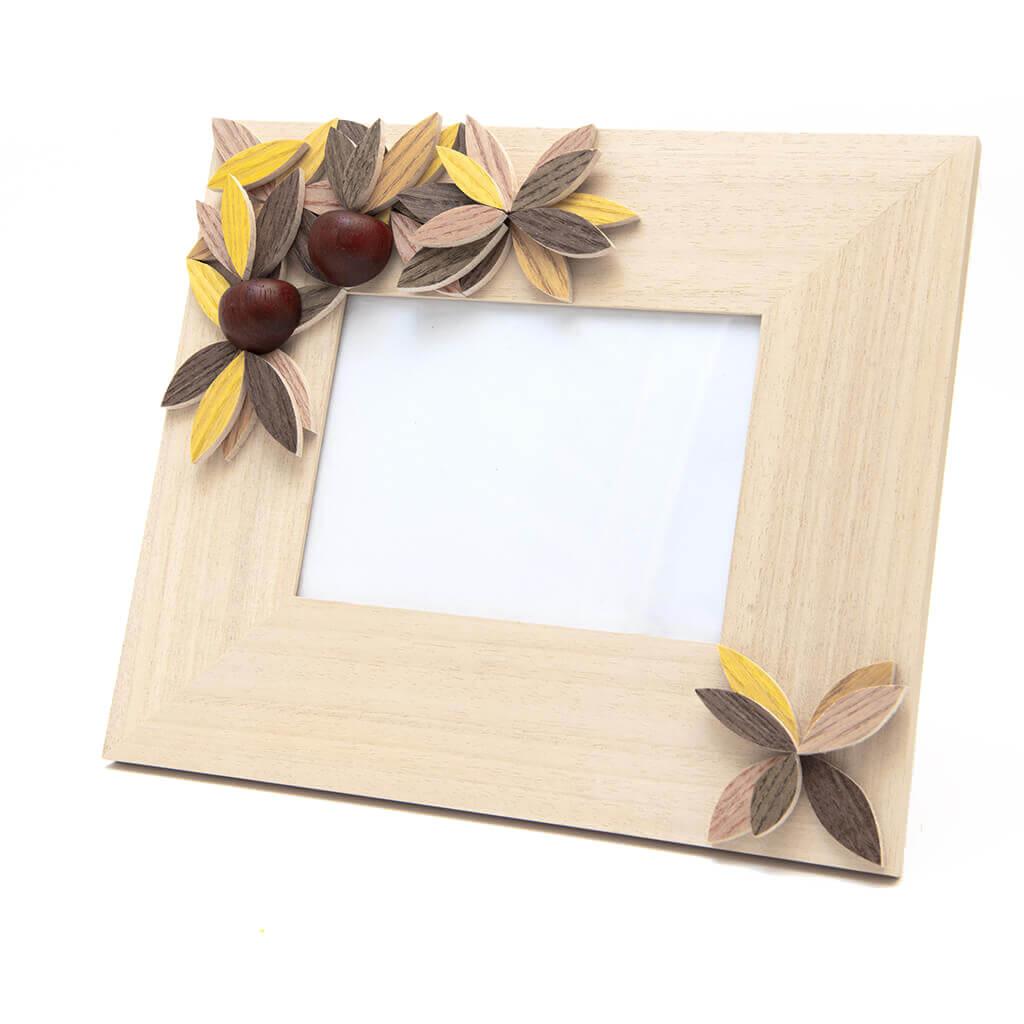 Cornice portafoto in legno realizzata a mano - orizzontale- decorazione autunno - dimensioni cm 31 x 4 x 25