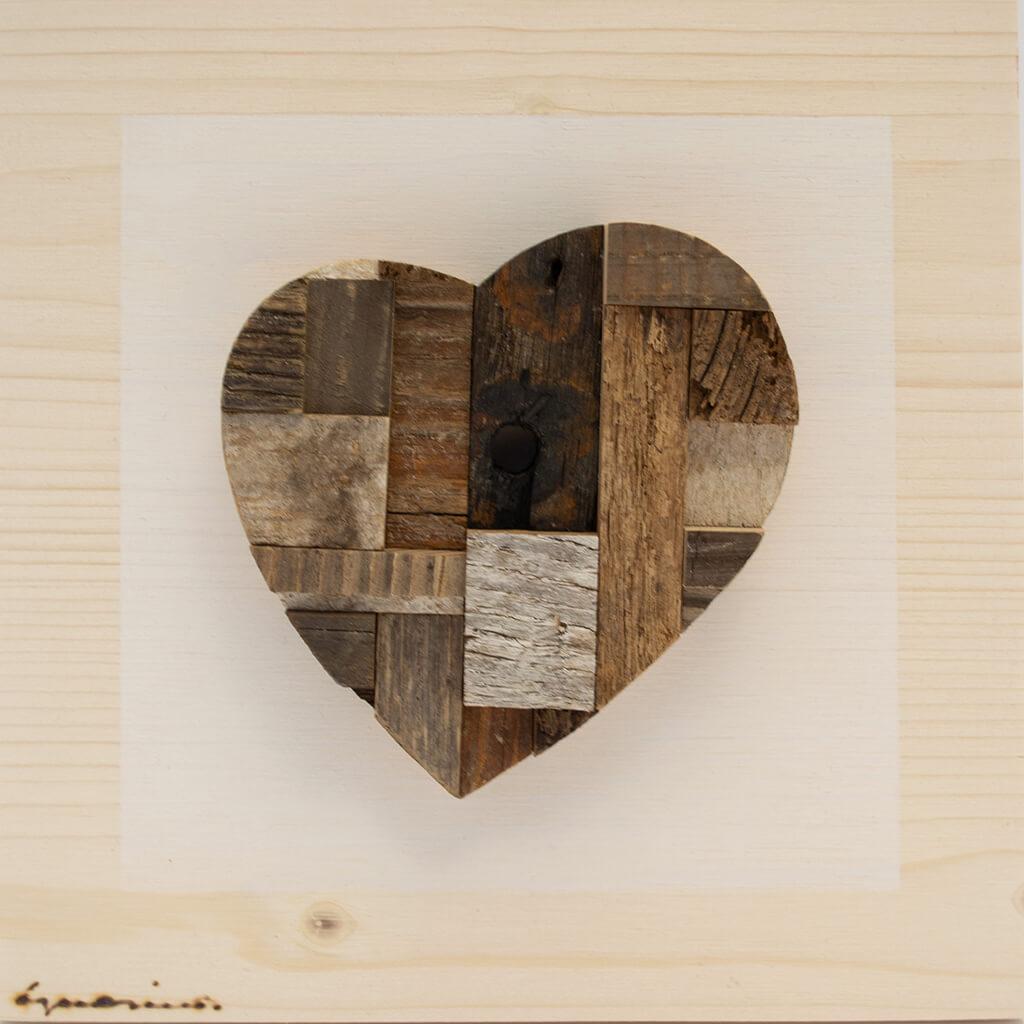 Pannelli in legno - Cuore Toni del marrone - disponibile in dimensione cm 20 x 4 x 20 oppure 30 x 4 x 30