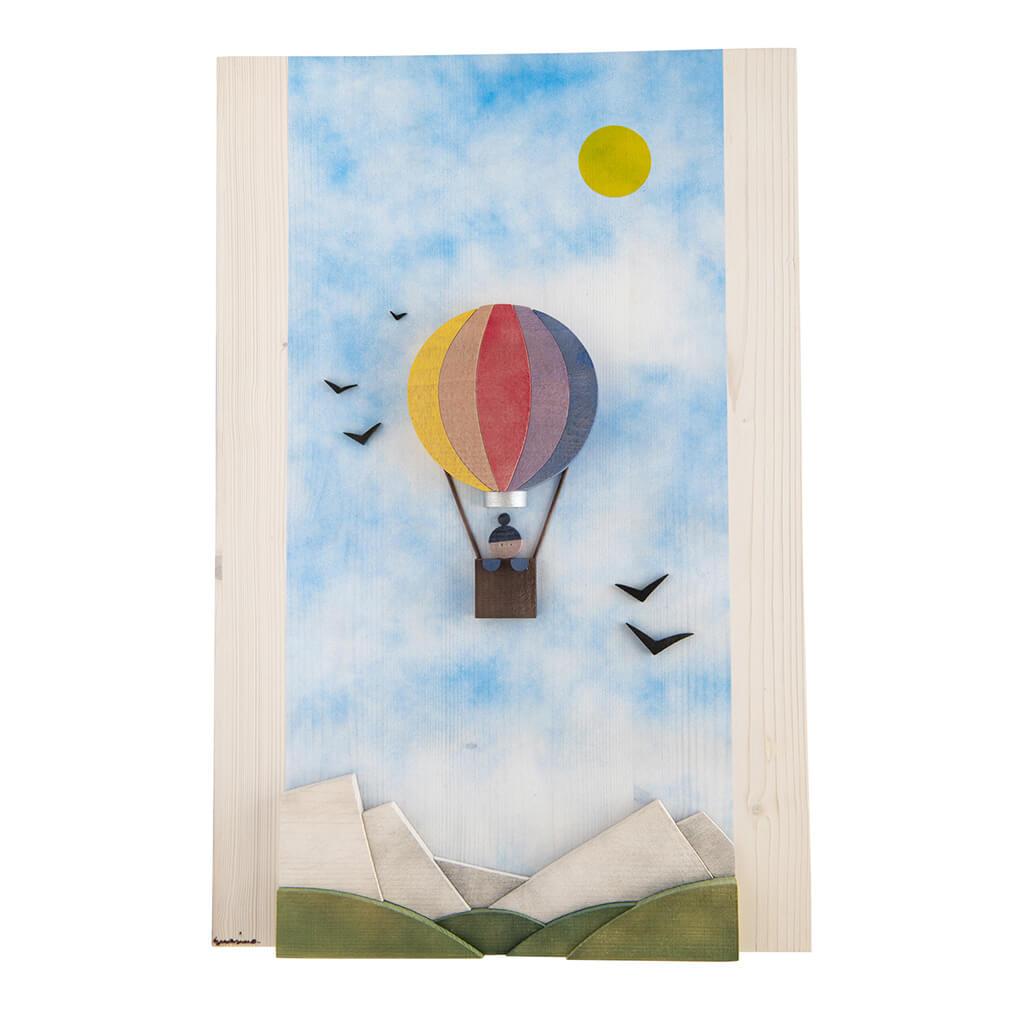 Scultura Guasina in legno - Pannello soggetto Mongolfiera nel cielo  - dimensioni cm. 40 x 4 x 60