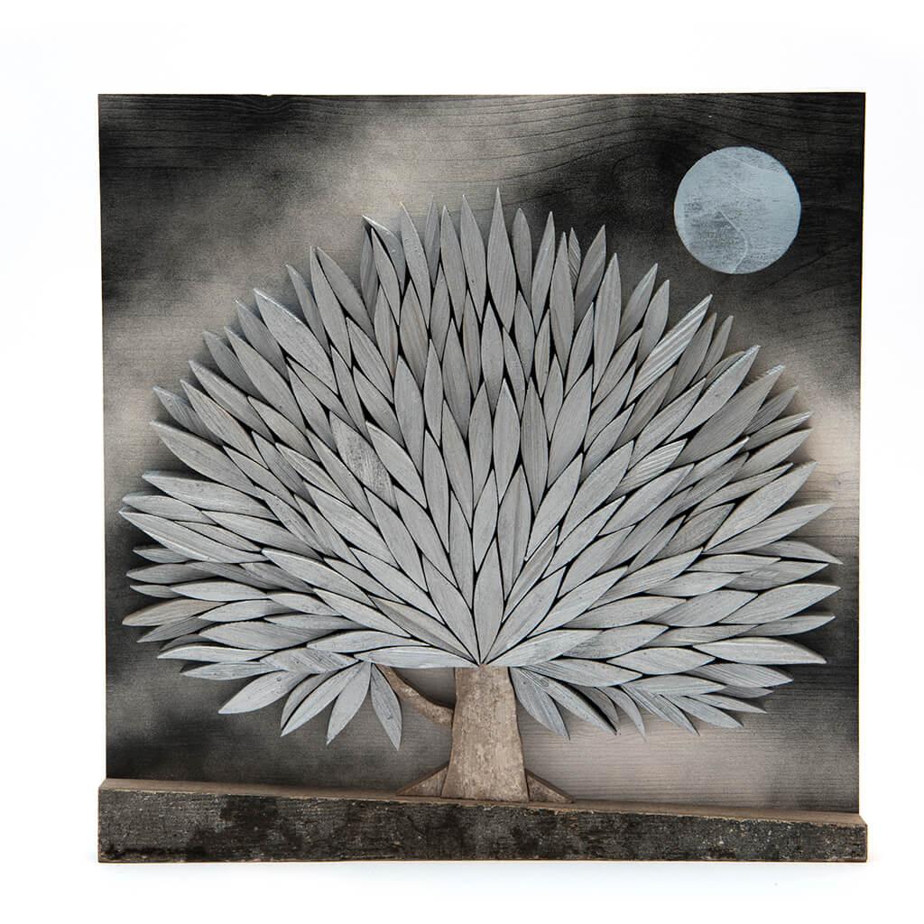 Albero alla Luna - Dimensione media 30 x 4 x 30  cm (b x p x h)