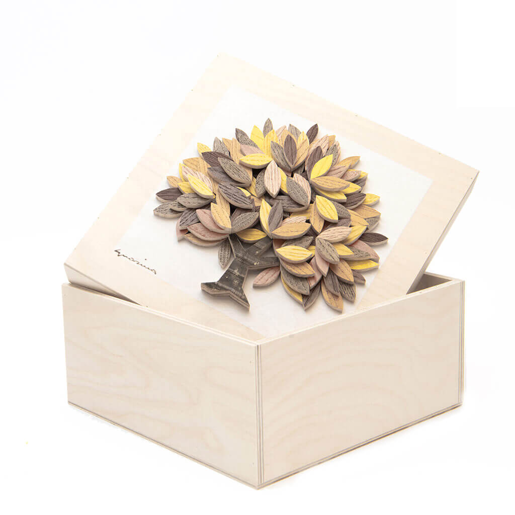 Scatola in legno realizzata a mano - Albero della Vita giallo - dimensioni cm 23 x 12 x 23